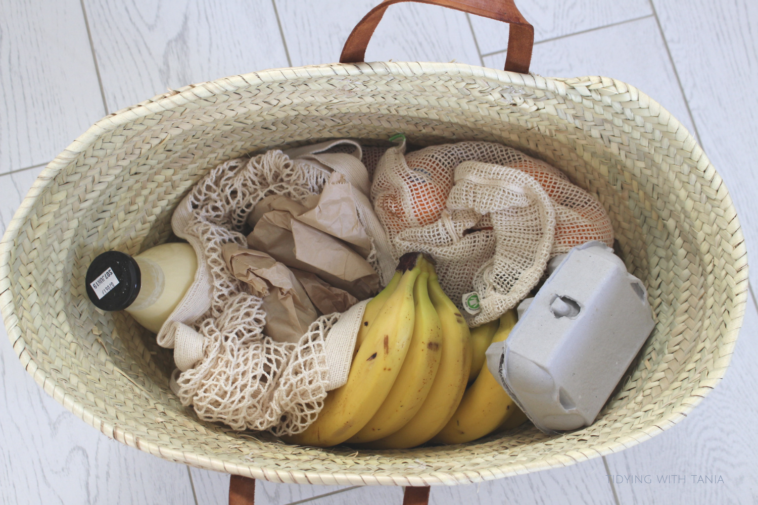 Basket-with-zero-waste-shopping.png