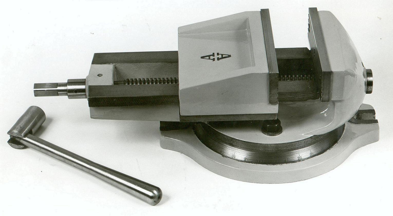 Μέγγενη εργαλειομηχανών 23p με άνοιγμα σιαγόνων 23cm & ένα μοιρογνομώνιο περιστροφής.