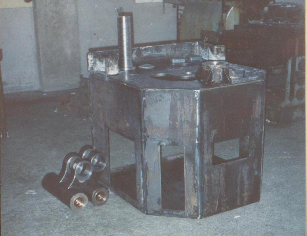 Διαμορφωτής κύκλων ΗΜ90 για σωλήνα Φ90, στη διαδικασία κατασκευής.