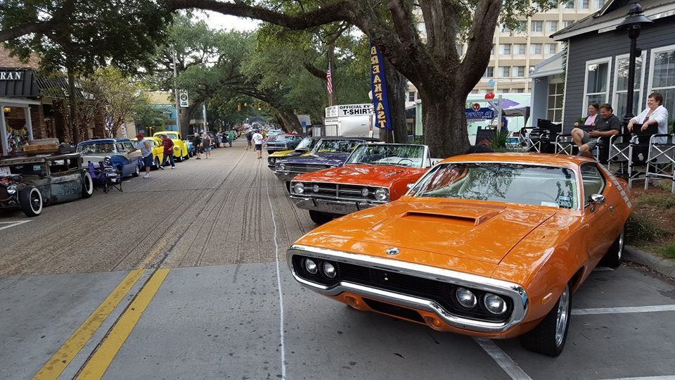 Cruisin' the Coast - October 6-13, 2019This coast-wide event culminates in Ocean Springs for its final weekend with a giant sock hop downtown. Poodle skirts and pomade galore invade downtown for a weekend of classic soda fountain fun. Book early to secure a room! Over 8400 vintage cars were registered last year to cruise up and down the Mississippi Gulf Coast! You'll even see some classic cars parked at The Roost! We love our regular Cruisin' guests who return every year to join in on the fun!