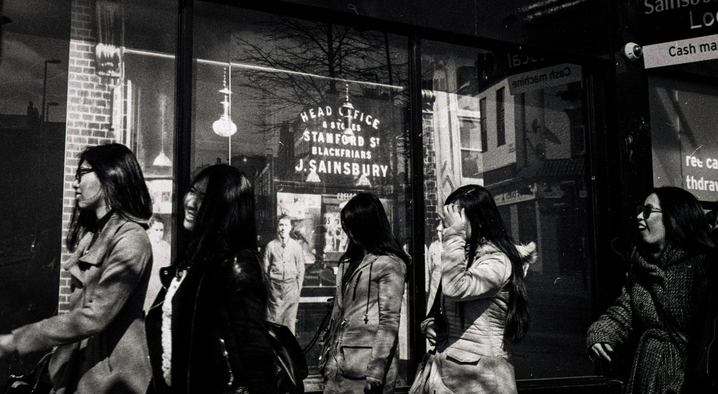 Leica_Girls_2015_3600 (2)-2.jpg