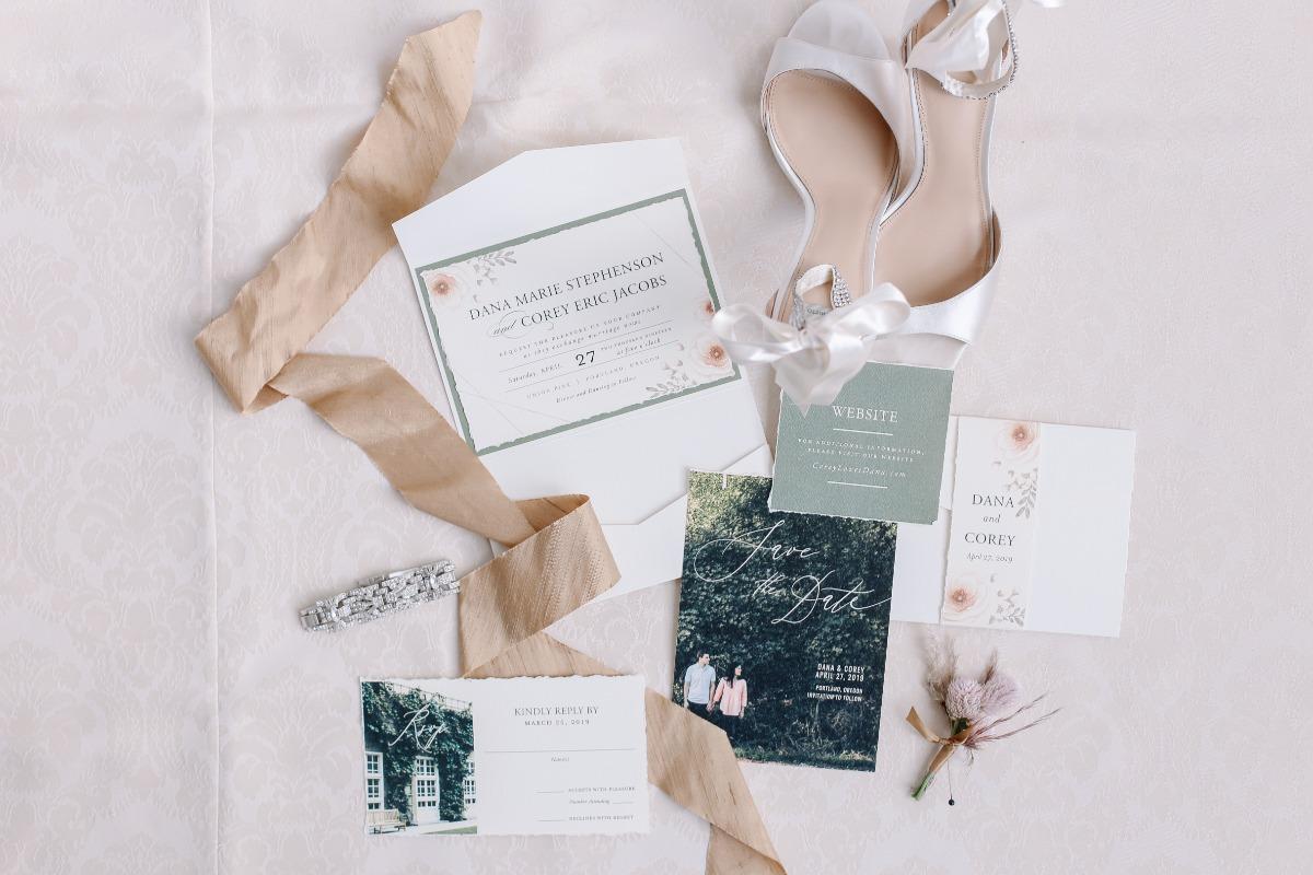 crave-design.com | spottedstills.com | Floral Textured Wedding | Custom Wedding Stationery | Wedding Invitation suite