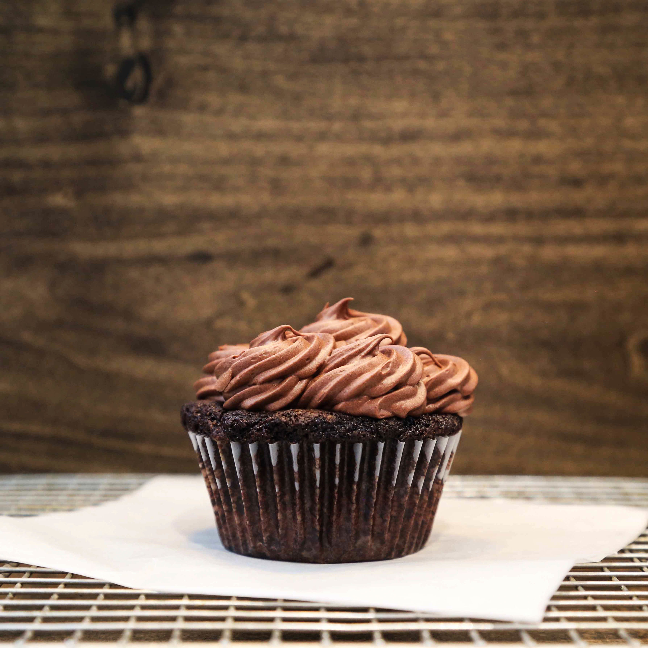 Chocolate Cupcake with Chocolate Frosting ($3.50/pc)