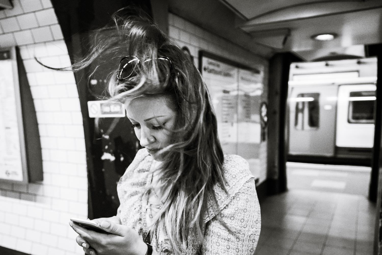 Dominika; lost on tube