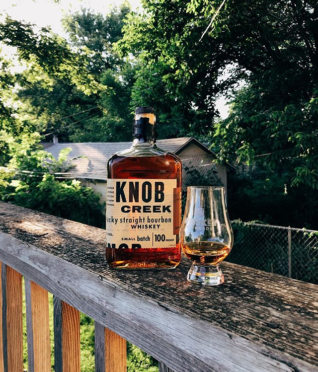 As hot as those summer nights behind us. This @knobcreek small batch at 100 proof has notes of cinnamon, red hots and caramel with a satisfyingly oily palette. Read more through the link in our bio! What else are you opening up this week? . . . .  #knobcreek #bourbon #whiskey #smallbatch