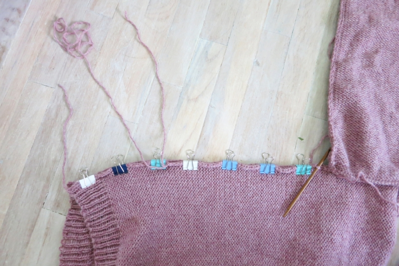 Seam up the last line, either from the sleeve down, or bottom of the body piece up. Use a lot of clip to help even seaming. Weave in the end. Done.