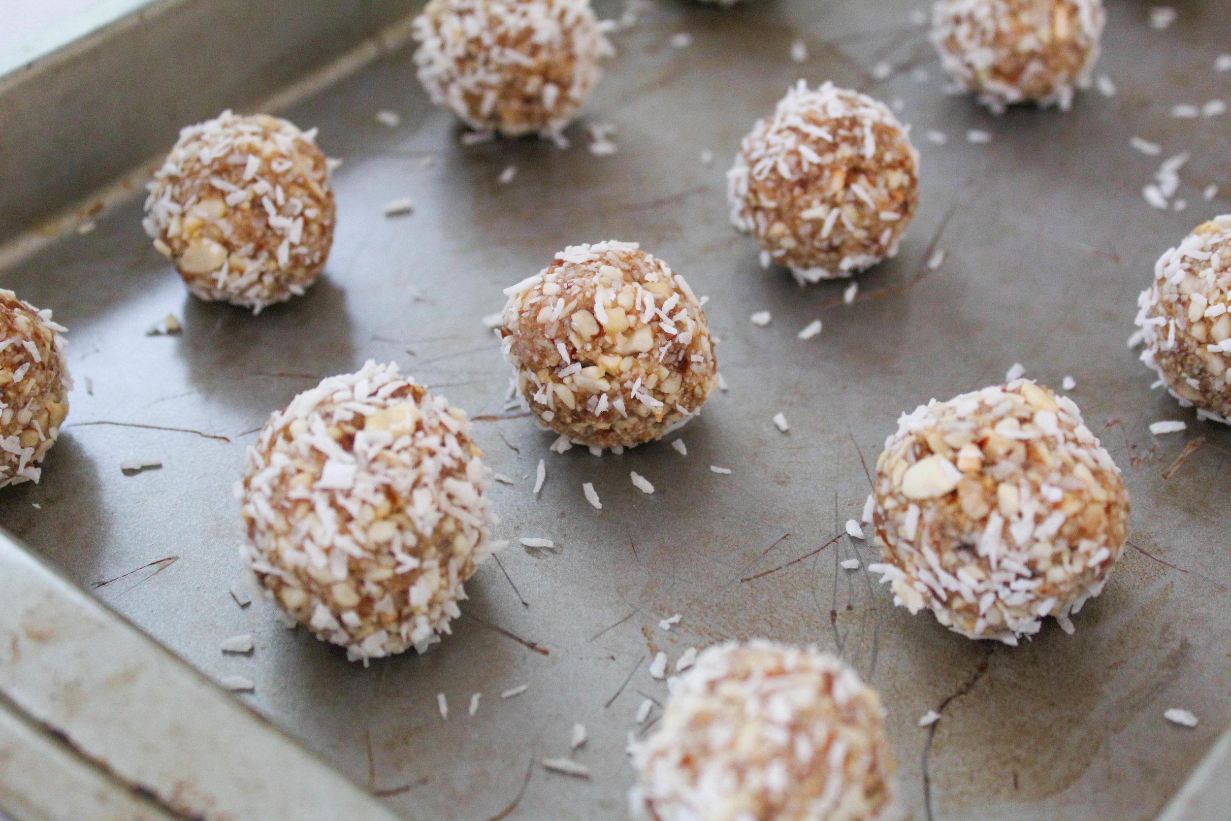 Coconut Ball 3.jpg