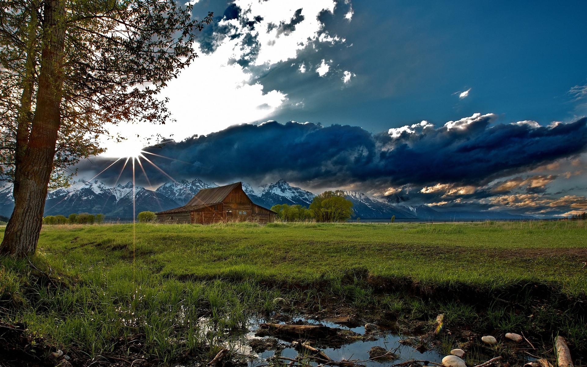 nature_landscapes_rustic_mountains_sky_clouds_sunrise_sunset_trees_barn_farm_high_quality_picture