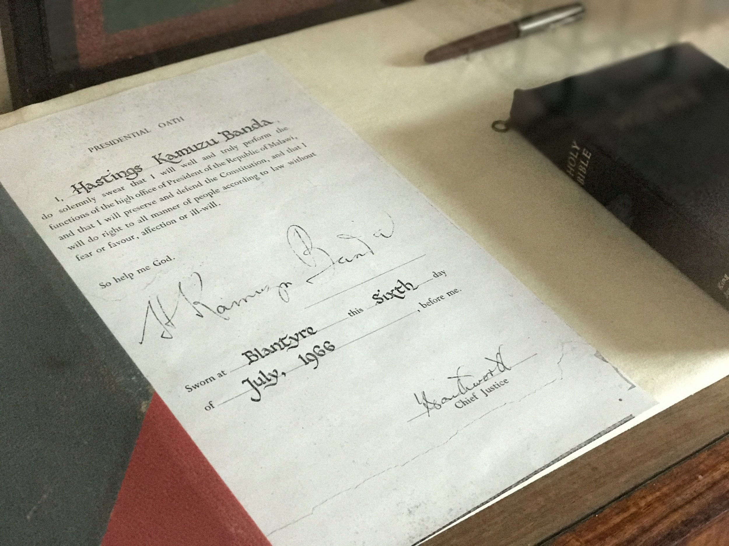 The oath of office, signed by Malawi's first president, Hastings Kamuzu Banda, in 1966.