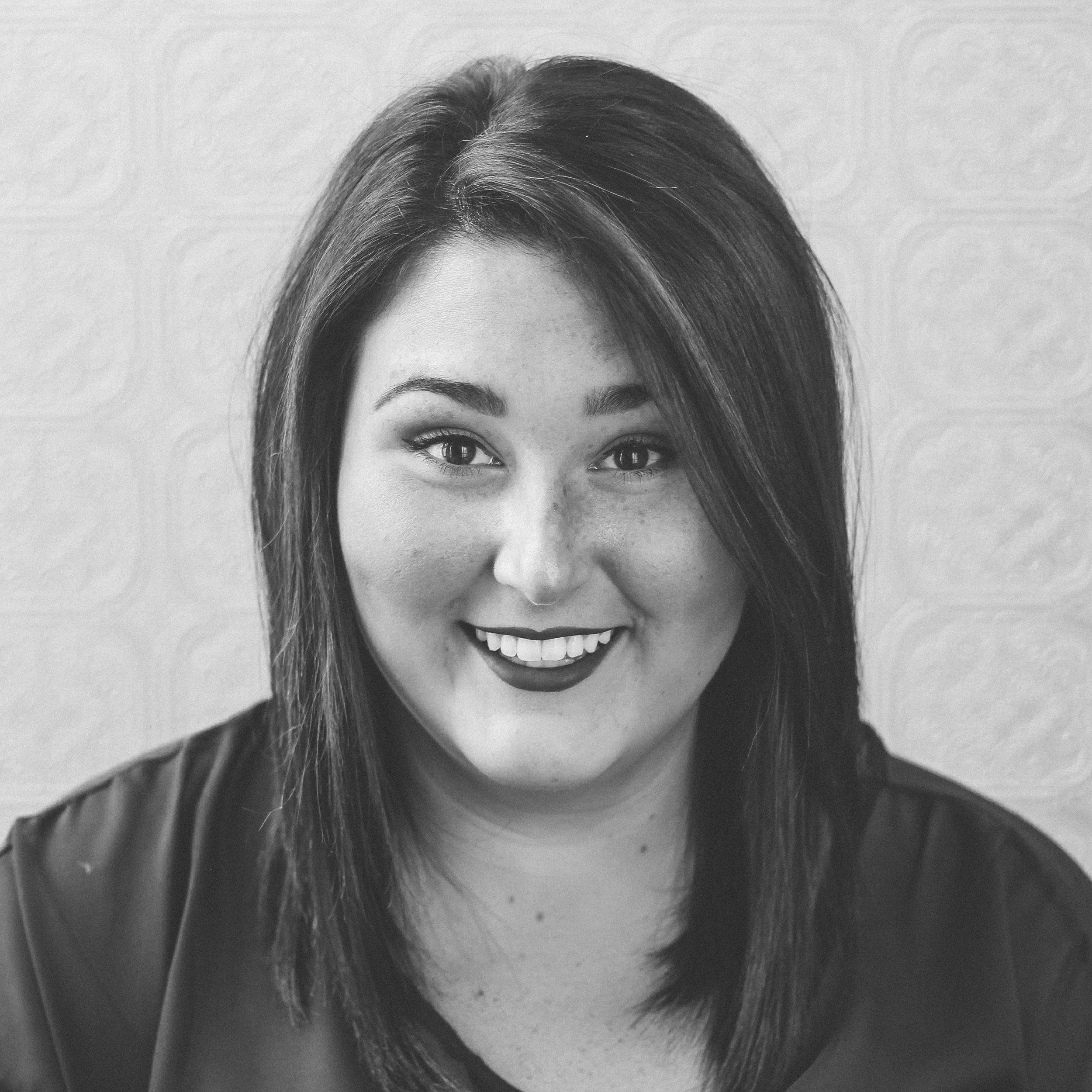 SAVANNAH GARRETT  PURE TALENT STYLIST  WITH BELLA LAGO SINCE 2015
