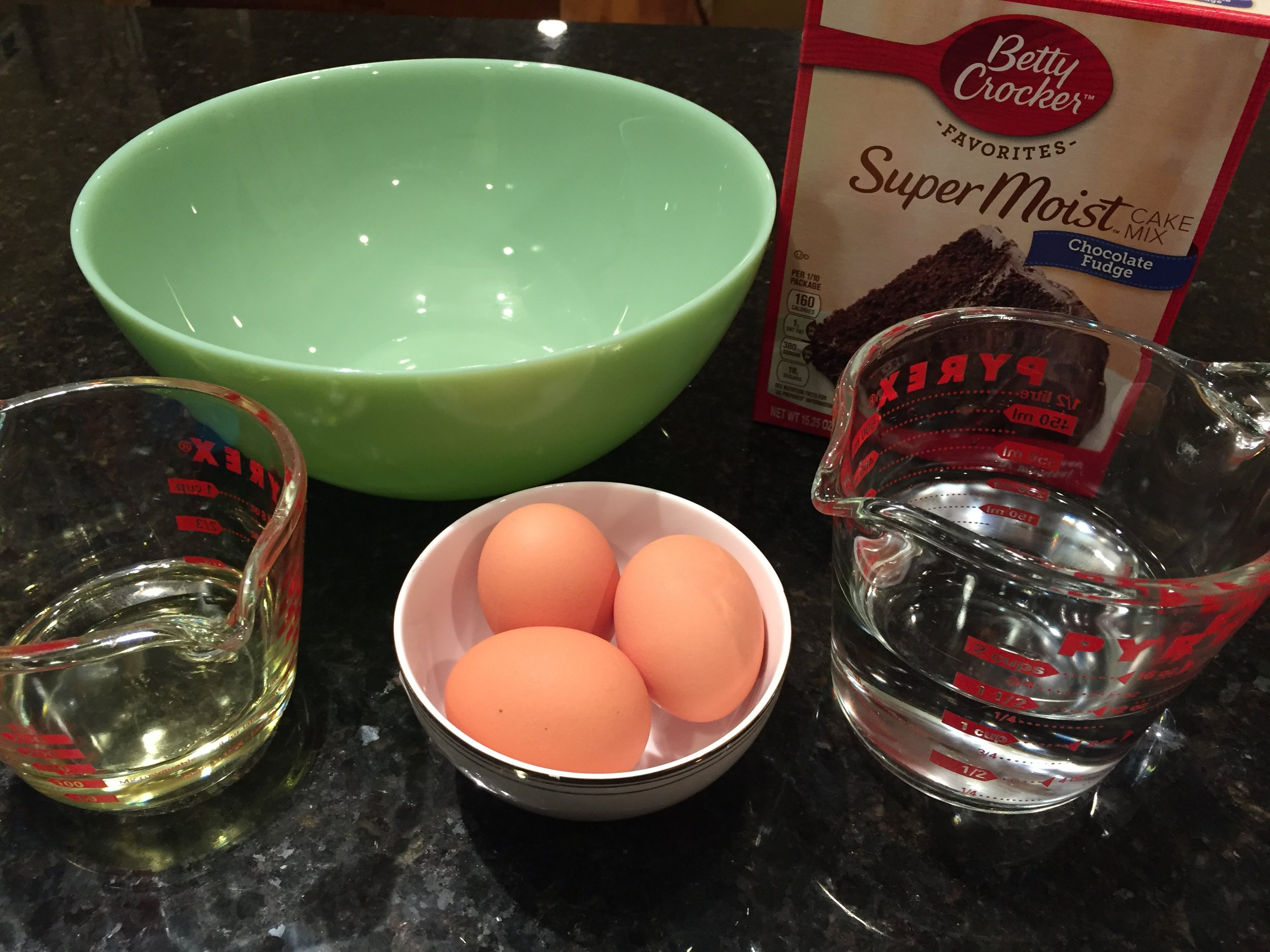 3 eggs, vegetable oil, water & cake mix