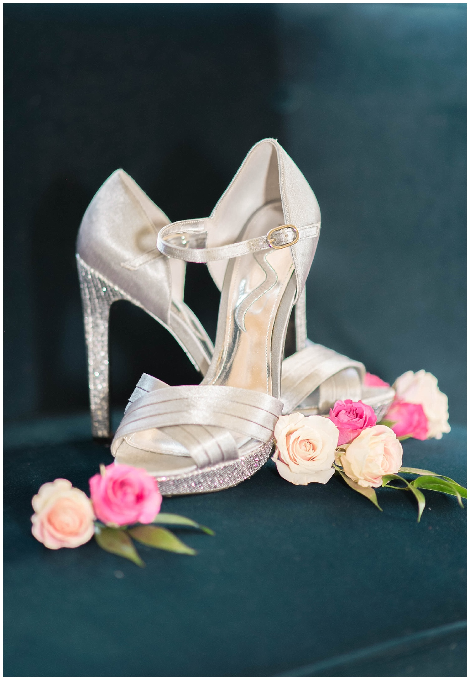 jimmy-choos-leesburg-wedding-photographer-floral-design.jpg