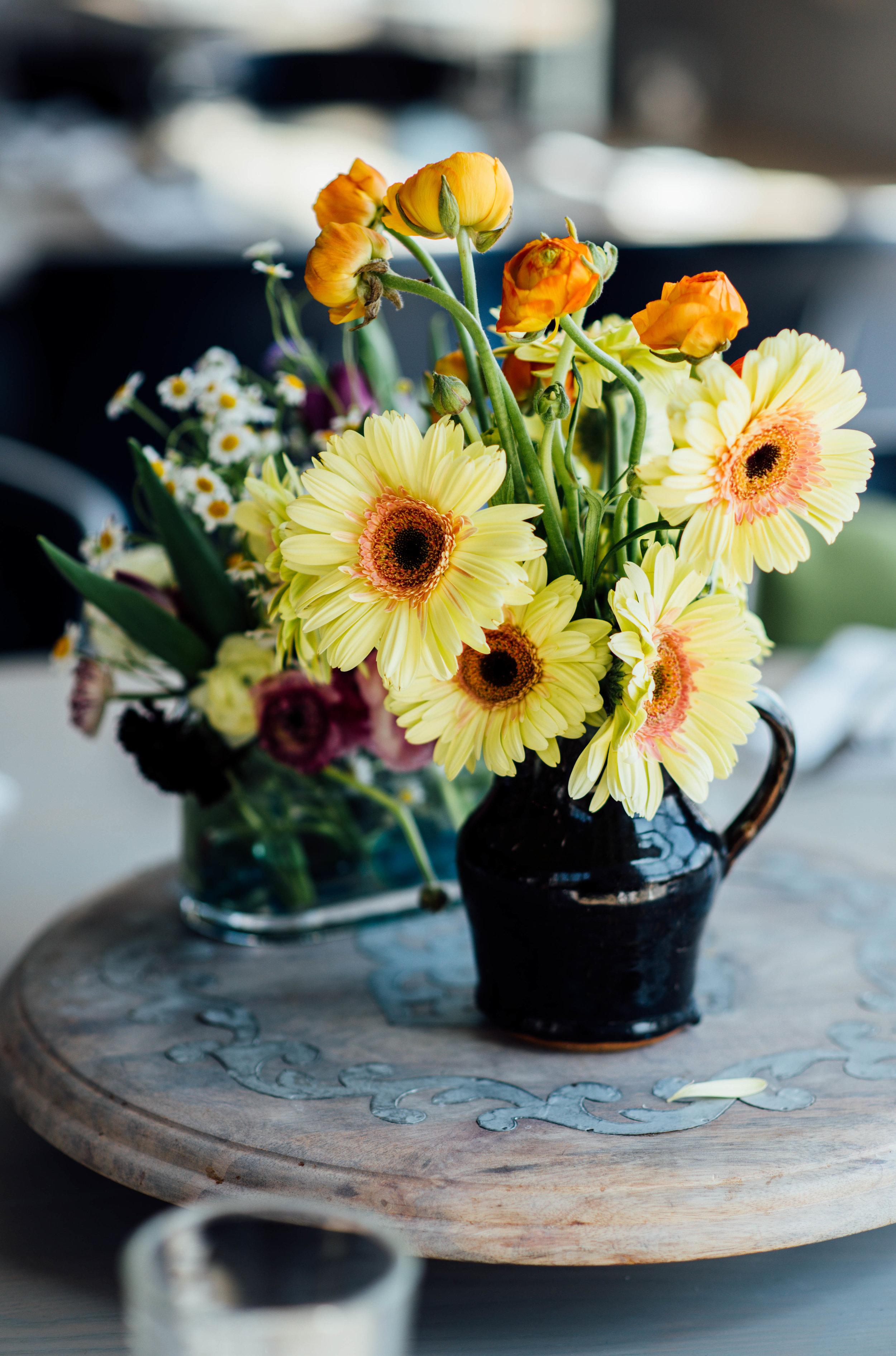 Spring yellow flower arrangement at brunch wedding Alexandria