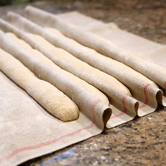 breadtopia-couche-cloth-01-sq-1.jpg
