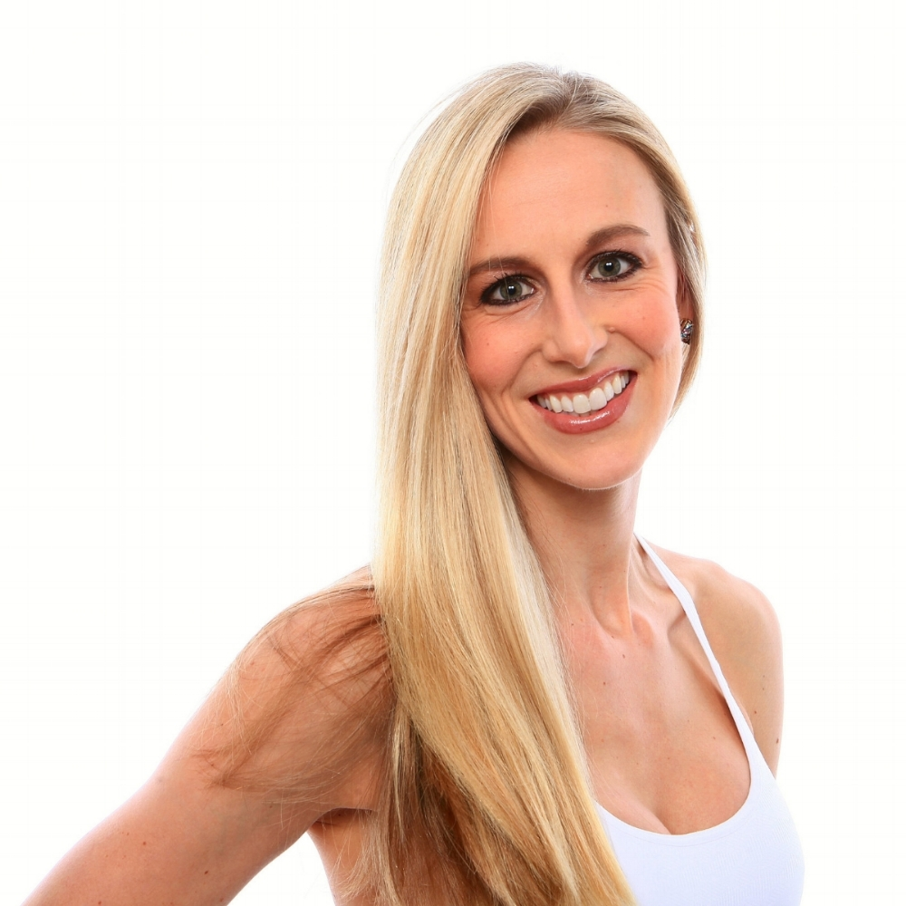 Amy Greywitt    Amy completed her first yoga teacher training with Les Levanthal at Yoga Tree SF. She was hooked - fireworks sparked, tears came, mind, body and soul were lit on fire. In 2016, Amy enrolled in her second teacher training with Dana Damara. Amy's second training was joyfully interrupted by the early birth of boy girl twins. Amy firmly believes in the importance of yoga to balance our stressful lives. She teaches a dynamic and graceful, yet challenging flow inspired from her background as a dancer and athlete.