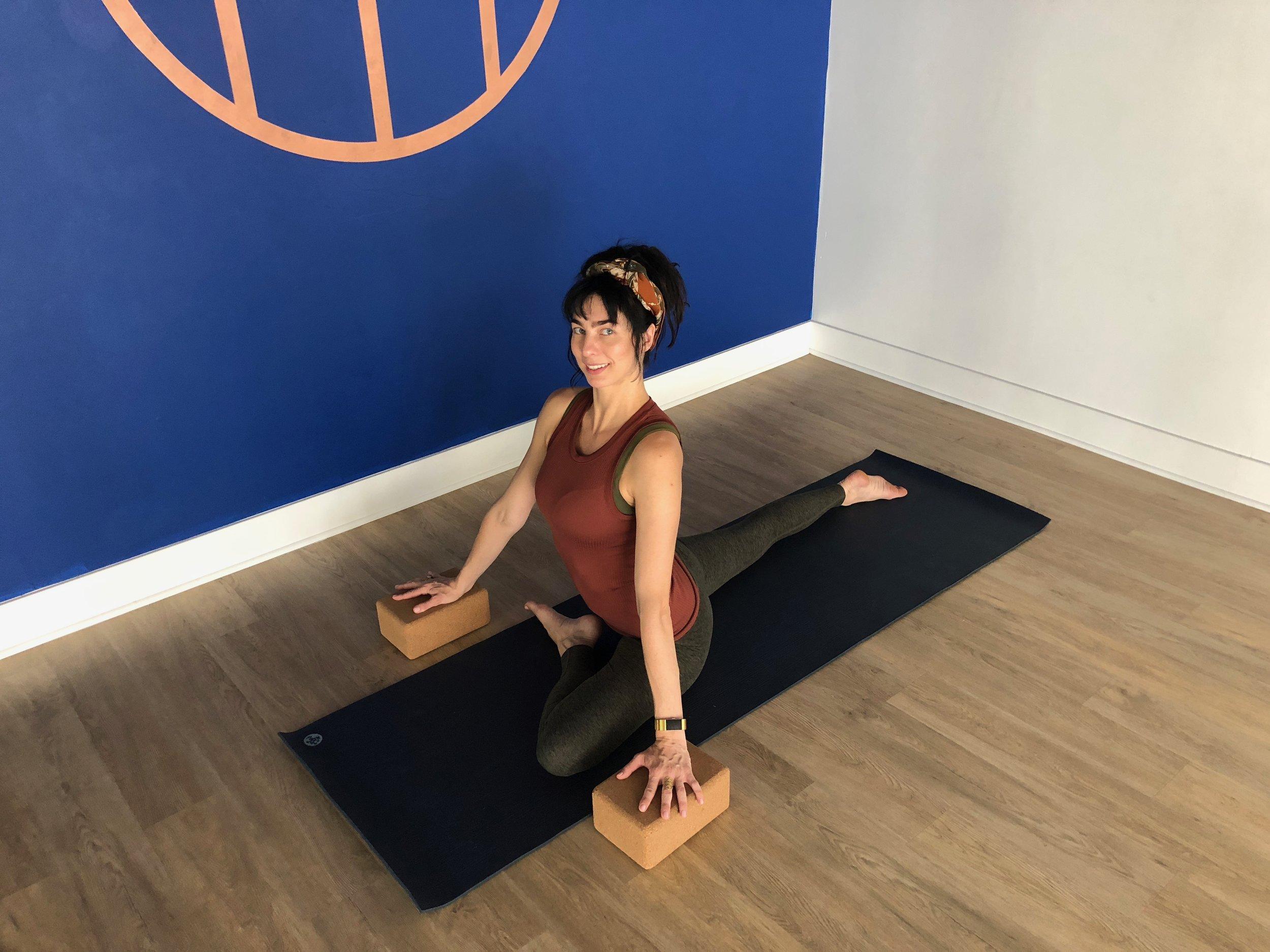 hip therapy, hip pain, yoga for hips, kate monzo yoga, hip fix, vinyasa yoga, yoga workshop, physical therapy marin county, physical therapy corte madera