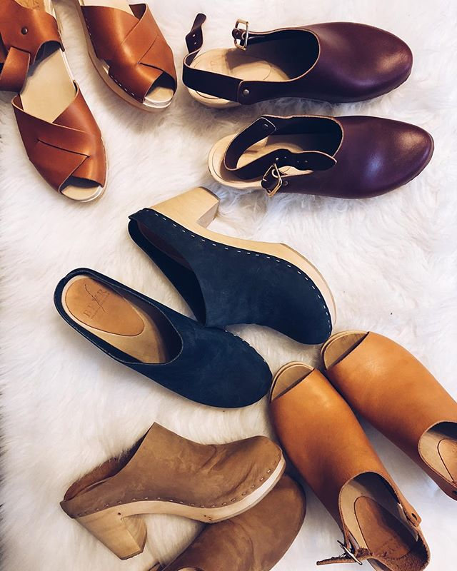 They've already become like children to me. I can't pick a favorite because it wouldn't be fair to the rest. #bryrclogs #bryr #bryrsamplesale . . . . . . . . . #shoes #holland #amsterdam #ootd #travel #netherlands #fashion #heels #vintage #70s #style #dutch #sandals #retro #handmade #white #clogshoes #woodenclogs #zoccoli #buffaloclassics #cloglife #slowfashion #buffalotrainers #90s #fashionblogger #photography #wool