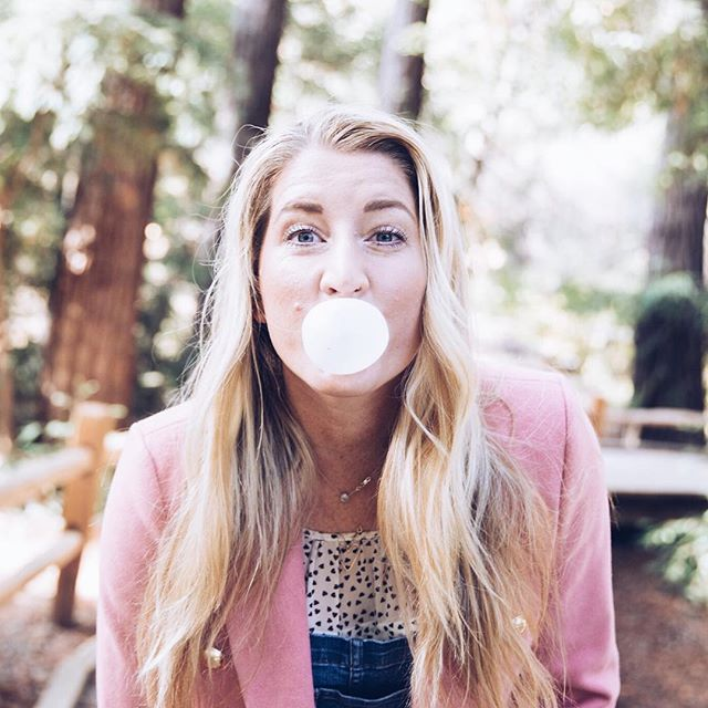 Happy Friday!  You have no idea how many times I tried to blow this bubble for this silly picture and now I think I have TMJ from chewing 5 pieces of gum. What holiday adventures do y'all have planned this weekend?  I'm in charge of a sit down dinner for over 300 people at church. 😬 . . . . . . . . . . #personalshopper #personalstylist #weekend #love #photography #sunday #blogger #goodvibes #travel #picoftheday #instadaily #photooftheday #me #ootd #saturday #wanderlust #fashion #fashionblogger #style #life #sundayvibes #vacation #winter #relax #foodporn #beach #goodmorning #happy #selfie #insta