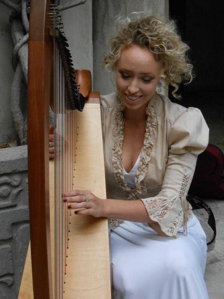 A harpist at the 2014 Santa Fe Springs Art Fest. Photo by Rodney S./Skyscanner.com