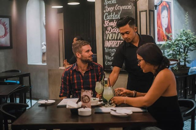 """""""This restaurant has always been one of my favorites in Seminyak. They have really stepped it up. The food explodes in your mouth, so fresh, so tasty. We ate 25 meals, tried everything I could not fault one dish. Price is fantastic!""""  By Jeevesy33 - TripAdvisor ⠀ ⠀⠀  #dahanabali #kaminarigroup #japaneserestaurant #seminyak #bali #bestinbali #bestjapaneserestaurant #wheninbali #balifoodies #baligasm #seminyaksnob #seminyakcommunity #balirestaurant #balilivin #balilife #japanesevibes #jakartaeat #sushi #fresh⠀ """
