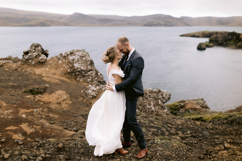 iceland-epic-elopement-photos-south-coast-wedding-ceremony-045.jpg