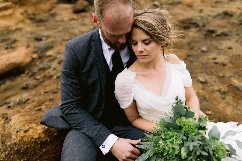 iceland-epic-elopement-photos-south-coast-wedding-ceremony-076.jpg