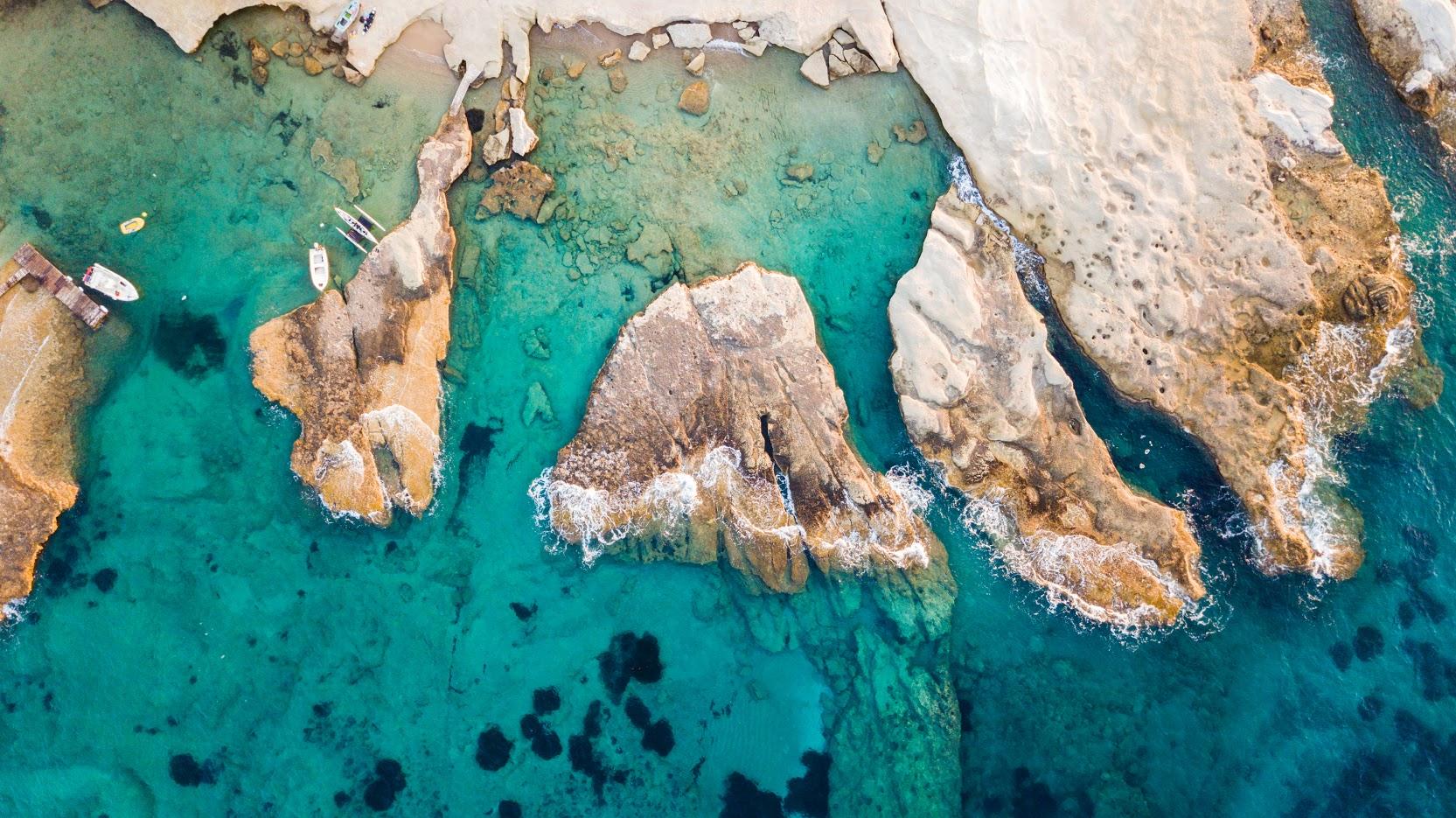 Tania_Milos_Seaside.jpg