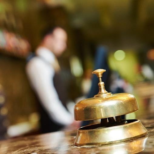 hotel-management-tips.jpg