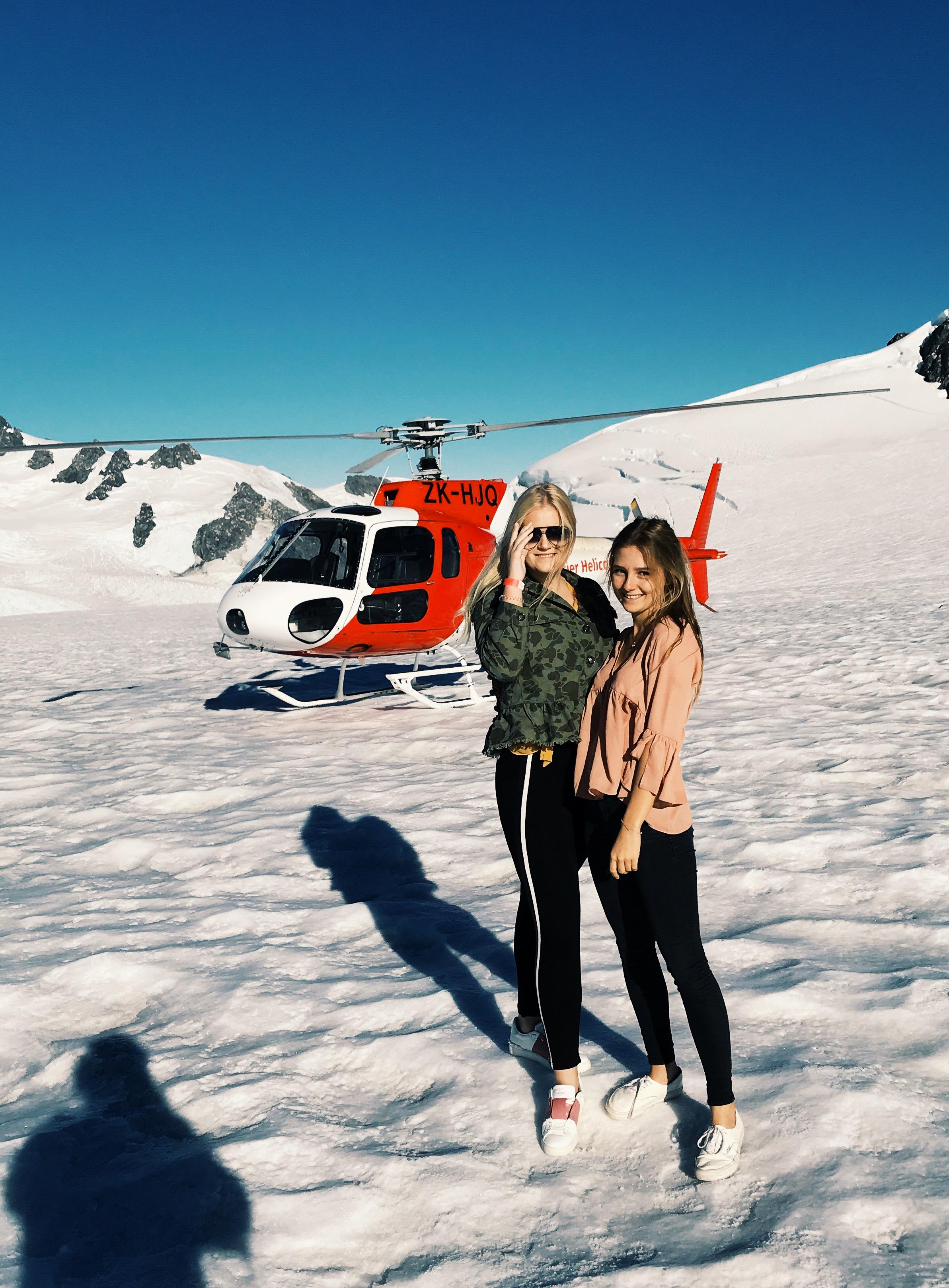 franzjosef-glacier-helicopter-photography-gretacaptures-newzealand-kiwiexperience