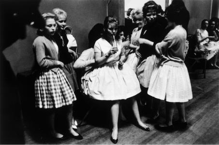 Roger Mayne Girls dressed up for a 'teenage night' at a Sheffield Club, 1961 © Roger Mayne