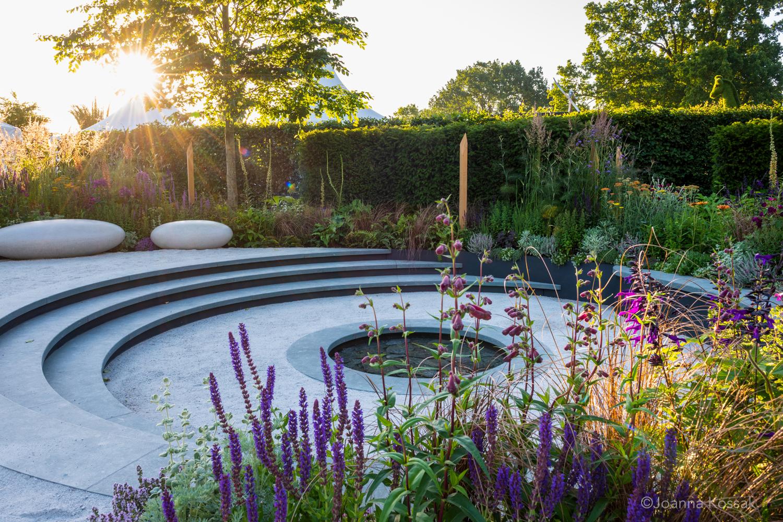 Tom Simposon Garden Design Hampton Court - 1.jpg