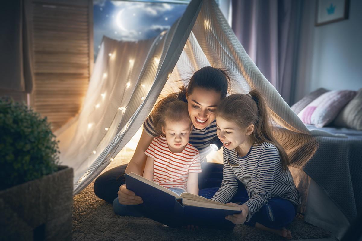 help children love reading.jpg