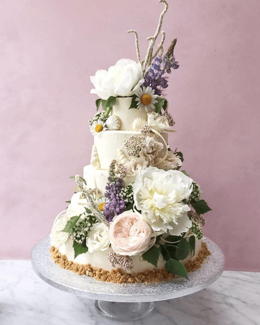 lily vanilli bakery London.png