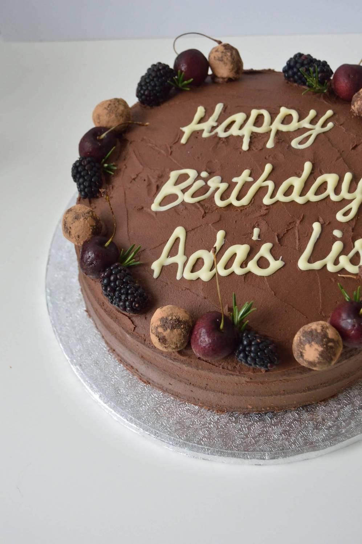 e k bakery london cakes.jpeg