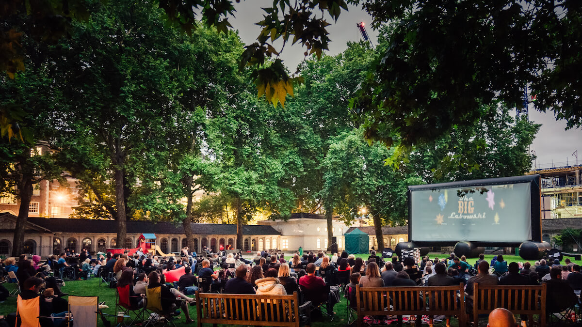 pop+up+screens+open-air-cinema.jpeg