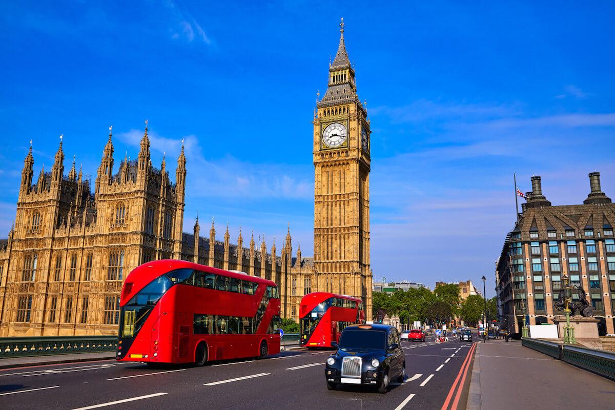 visit London with kids.jpg