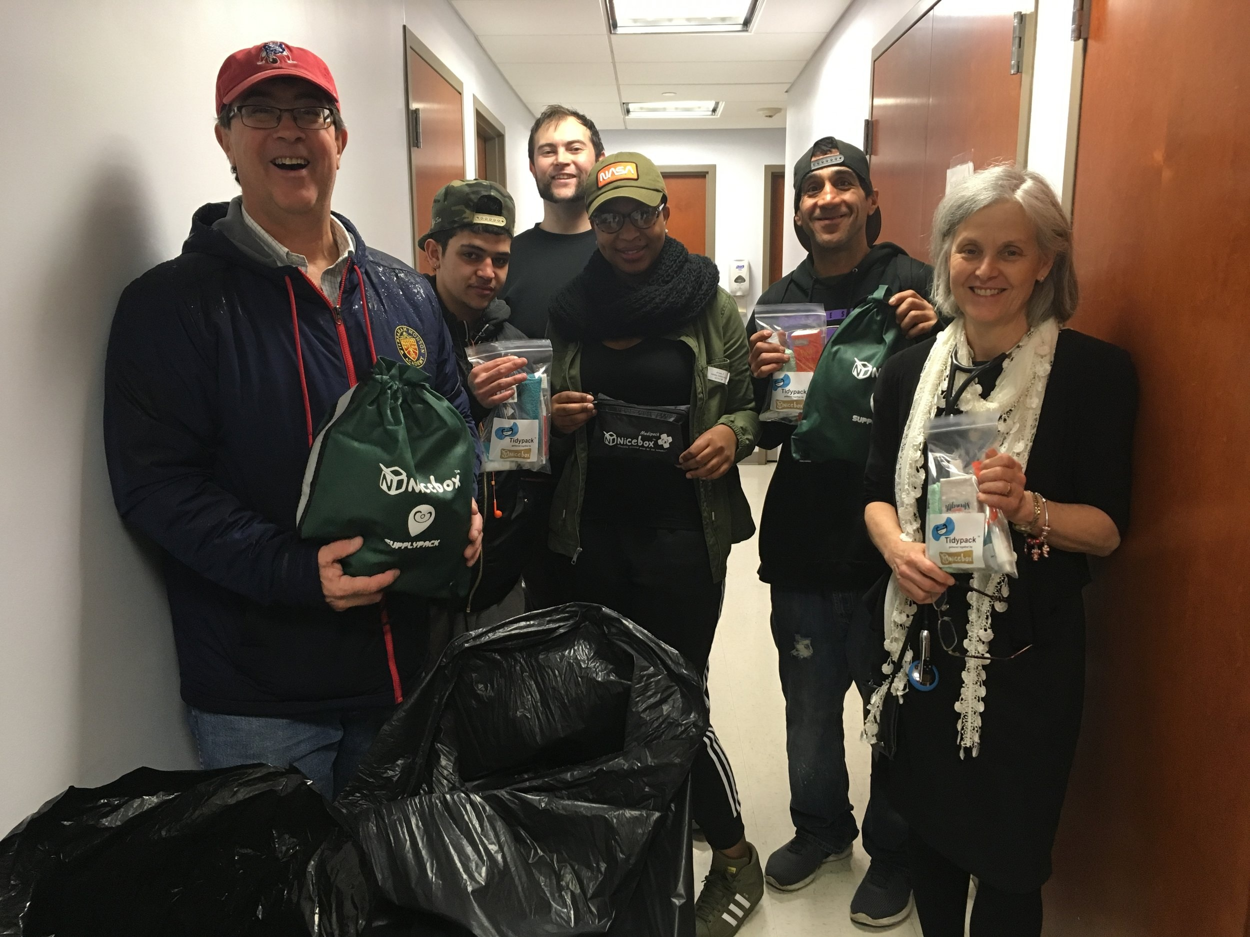 Some of our volunteers and friends delivering Supplypacks, Tidypacks, and Medipacks last winter.