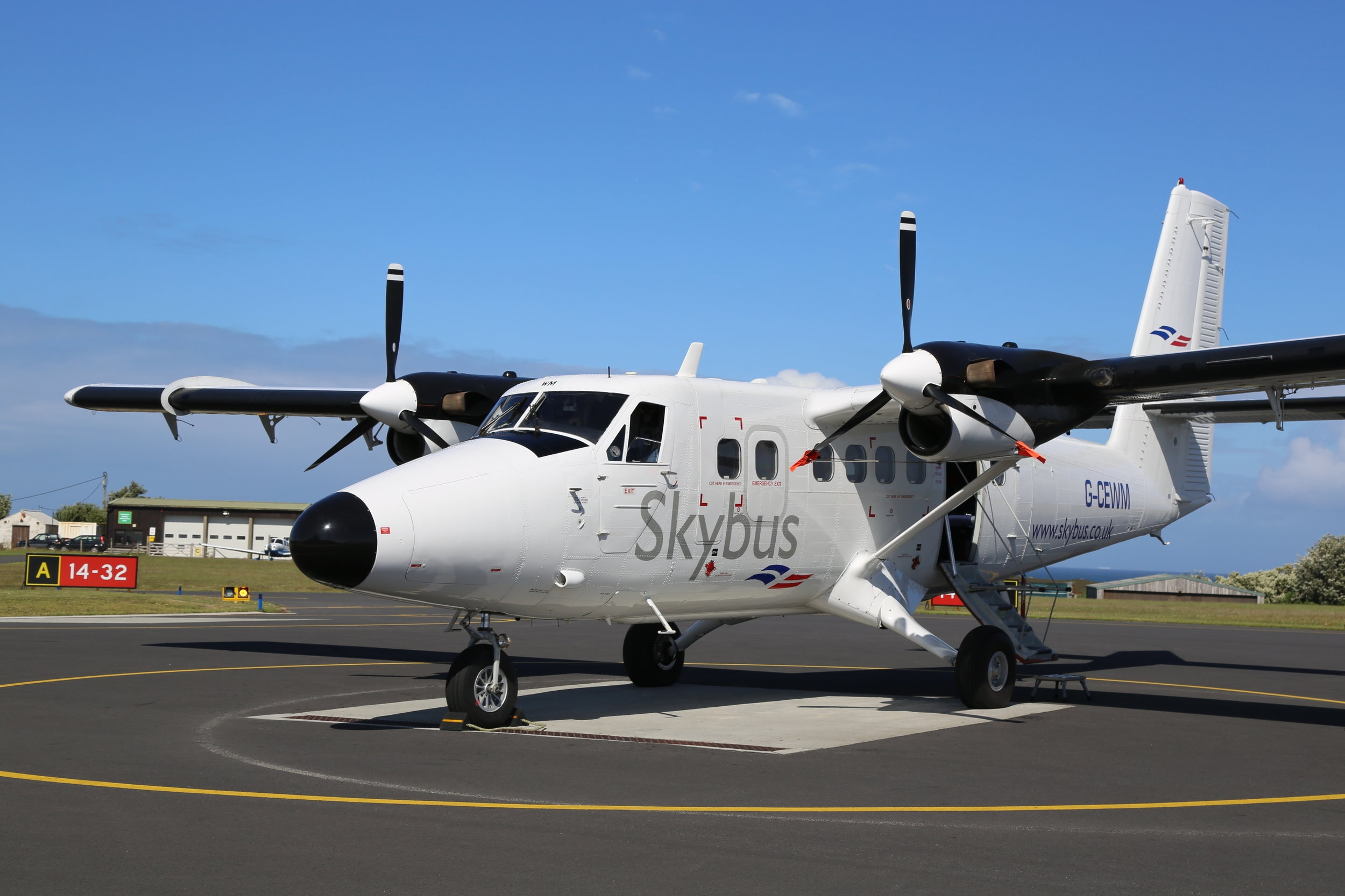 skybus_twin_otter