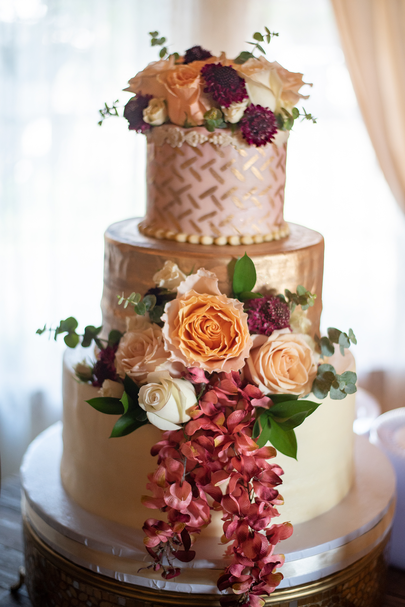 wedding cake blush, gold, cream