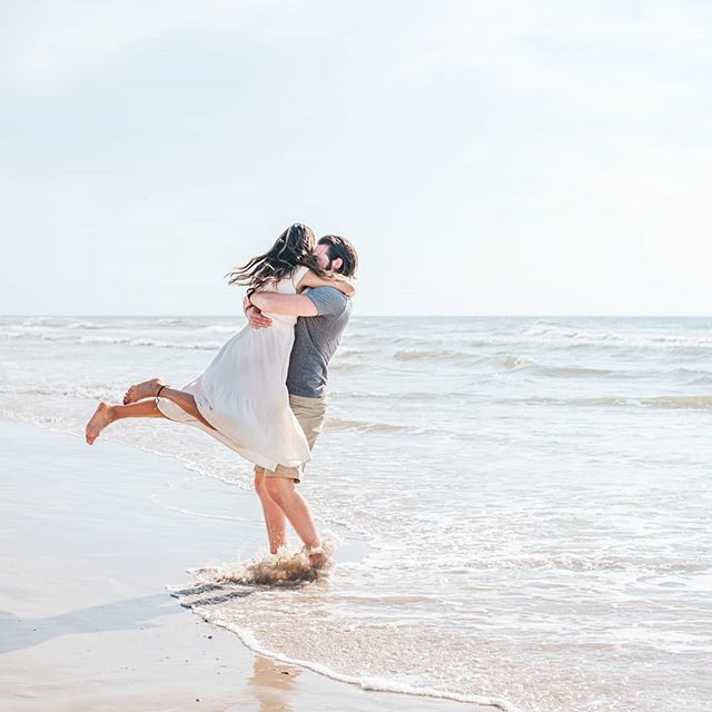 I feel so fortunate to live so close to beautiful beaches!! Is the beach your happy place?? . . . . . . #corpuschristiphotographer #familyphotographer #mustangisland #bayareaphotographer  #texascoast #corpuschristitx #hellocorpuschristi #texasbeaches #beachlife  #motherhoodunplugged #potd #igdaily #portaransastexas #padreisland #gulfcoastlife #coastalbend #wildloveadventures #lifeunplugged #rgvphotographer #southtexasphotographer #adventurouslovestories #myfavoriteperson #engaged #corpuschristiengagement #heaskedisaidyes #portaransasphotographer