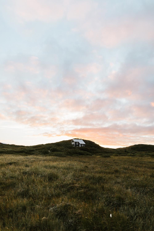 Iceland_Walk-7.jpg