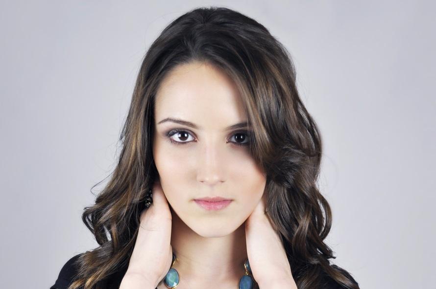 model-female-girl-beautiful-51969-large.jpeg