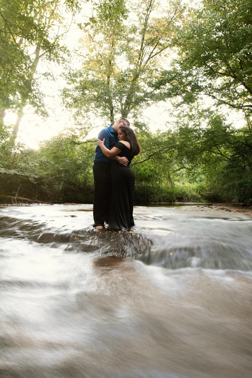 Offbeat Bride's engagement photos at PIlot mountain and Golden Road Vineyards.