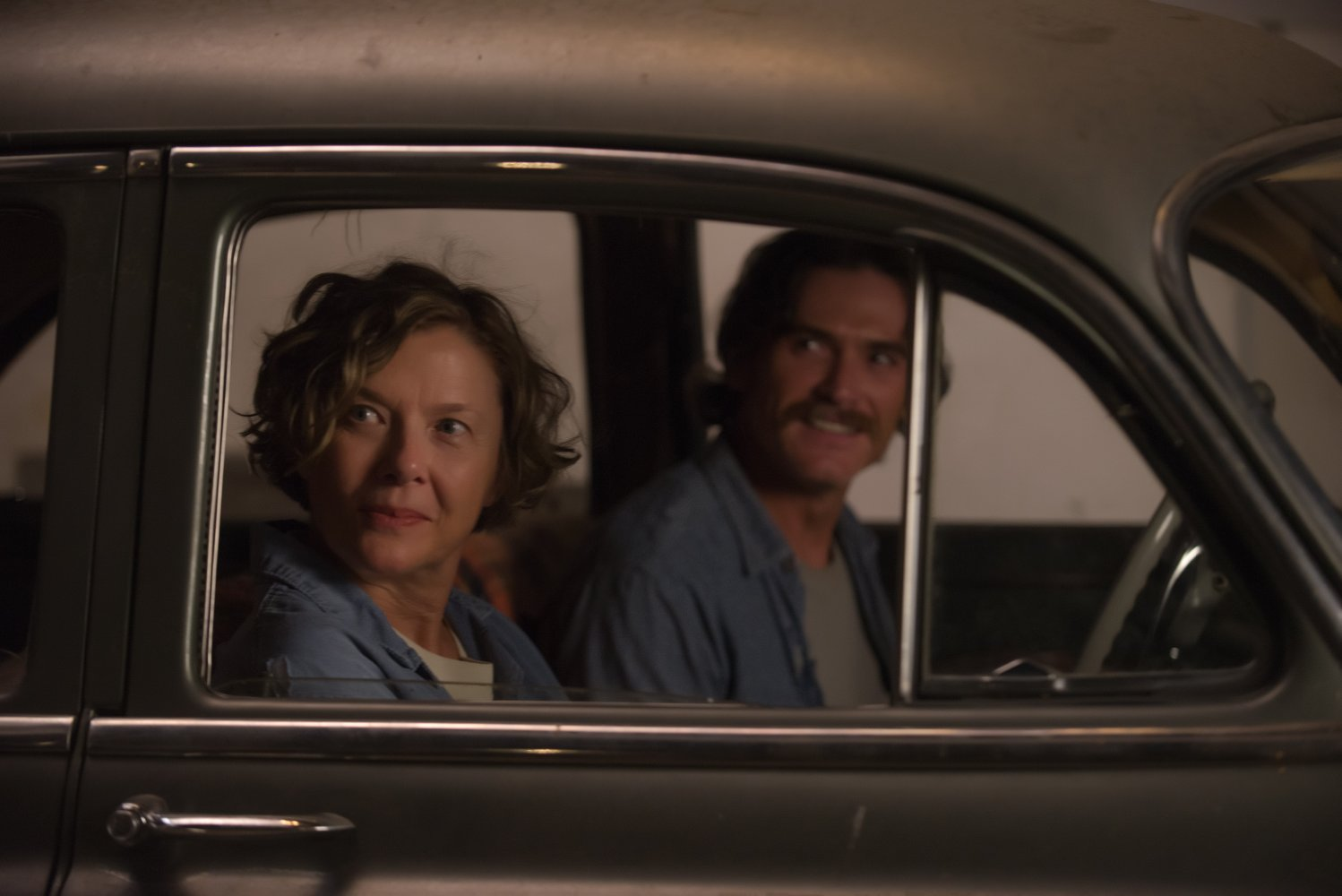 Annette Benning and Billy Crudup in  20th Century Women  © 2016 A24