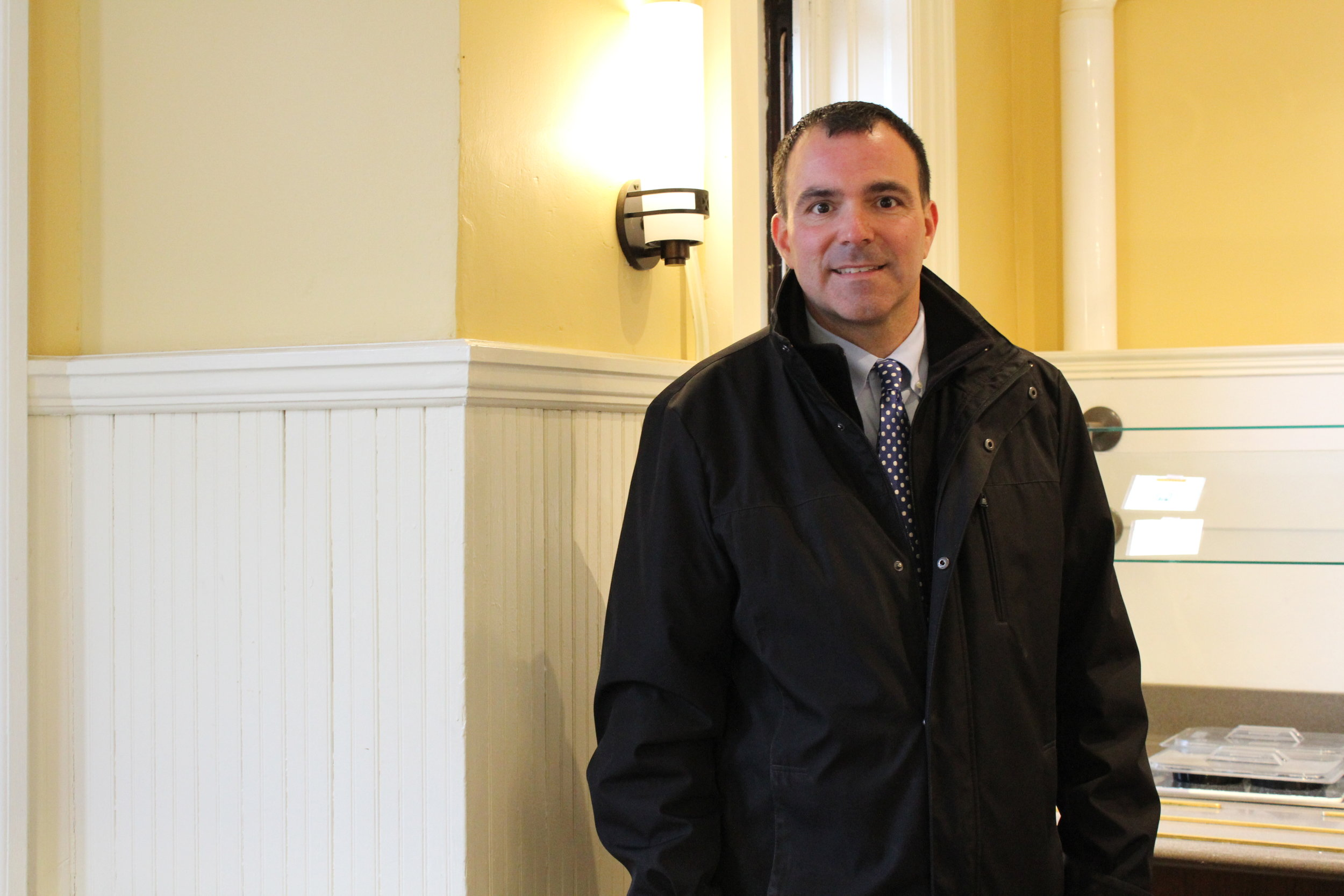 Photo by Izzy Burgess '19  As the newly appointed director of Dining services, Richard Perna plans to revitalize meal options for athletes.