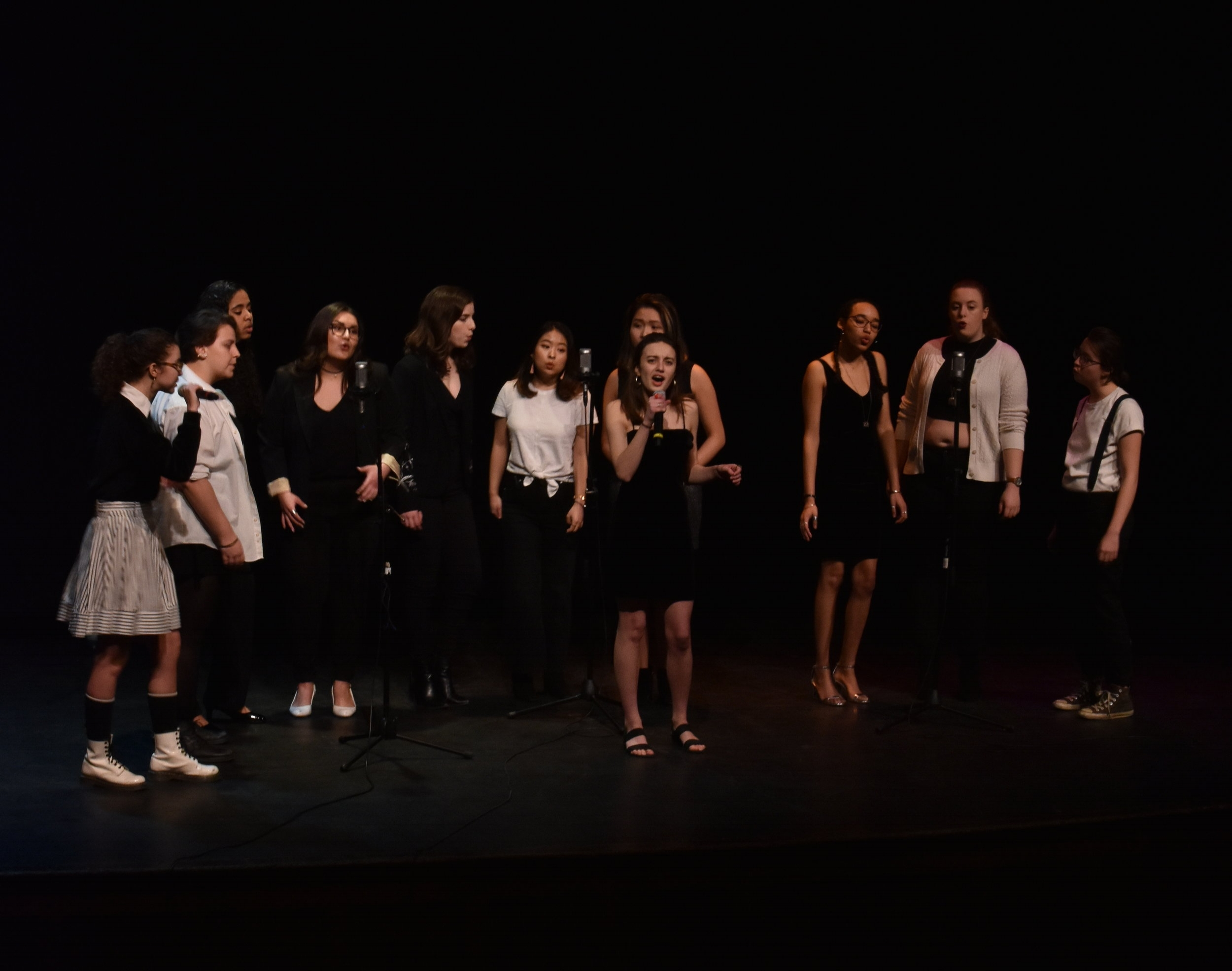 Photo by Emma Himmelberger '20    The Victory Eights performed in Chapin Auditorium Friday night during the Spring Showcase. The V8s were one of the four acapella groups to perform.
