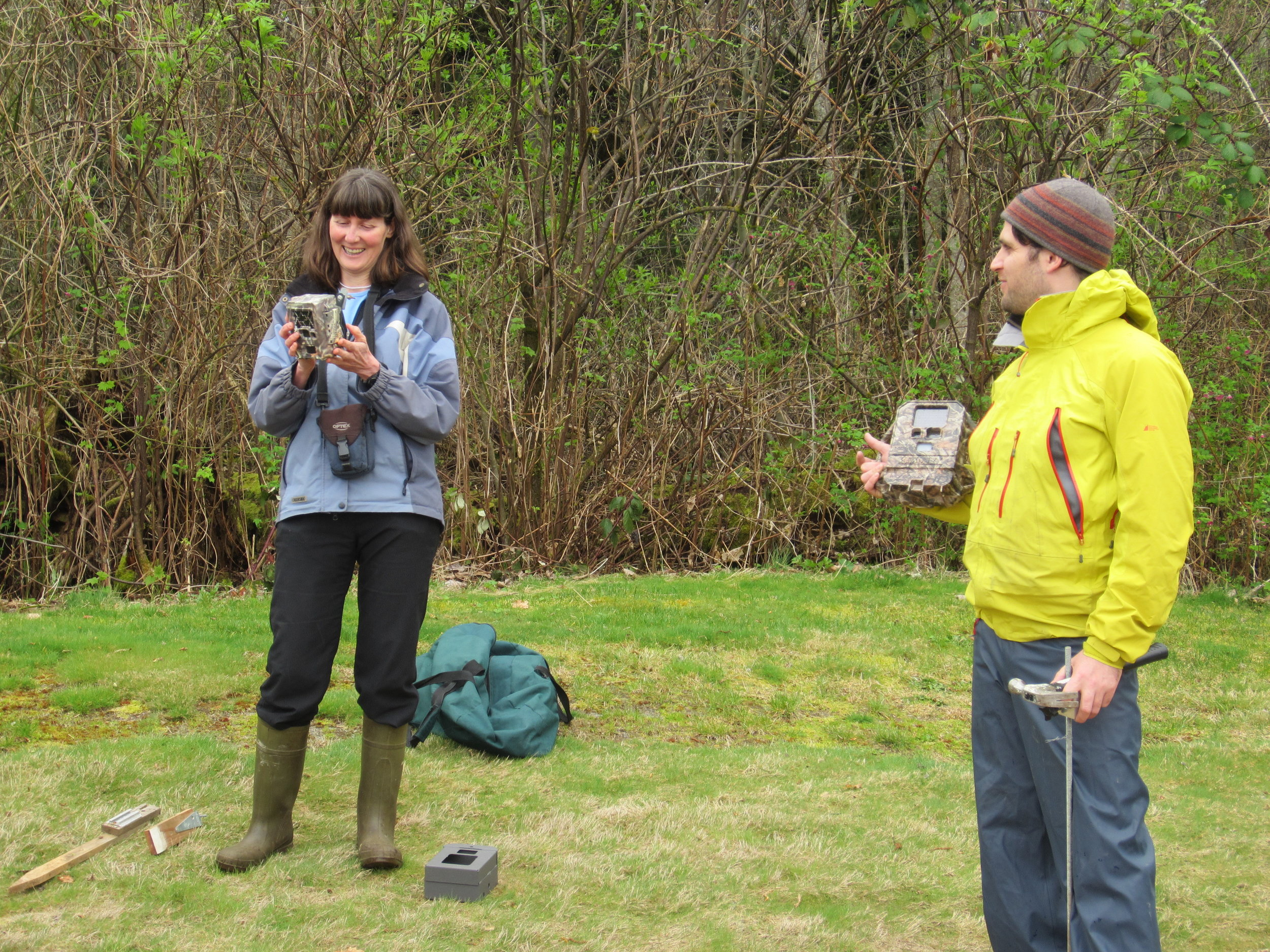Barb Beasley and Josh Malt explaining using remote cameras to document amphibians and reptiles.(Photo by Betsy Howell)