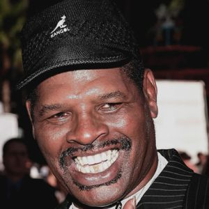 Leon Spinks  - 10am - 11am