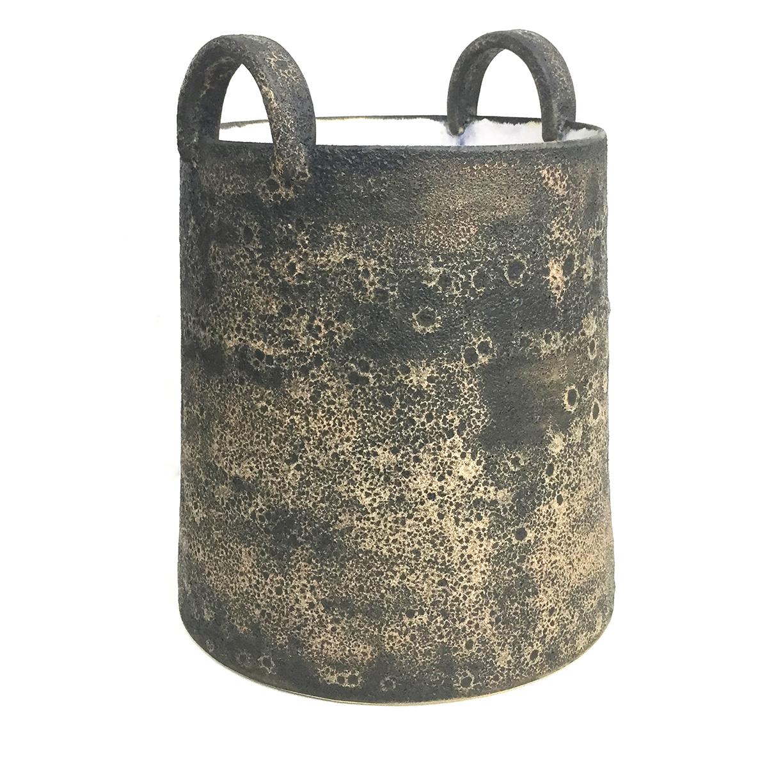 handles bucket lge_resize.jpg