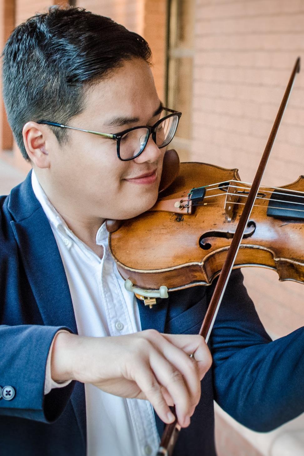 Soberano-Chino-violin.jpg